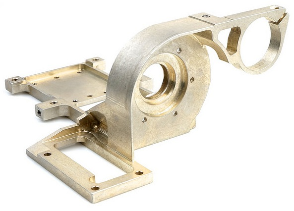 פריט שיוצר בתהליך עיבוד שבבי מדוייק במפעל הייטק מכניקה